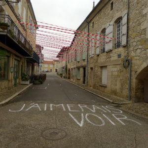 Collectif Random - Déambulation dans la ville - Festival Tous'Mélange - Saint-Clar