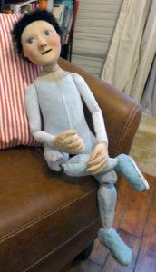 Marionnette portée et articulée
